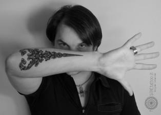 dovydas klimavicius positive  tattoo R studija